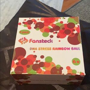 Fansteck pack of 4 stress ball
